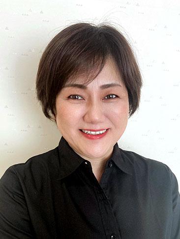代表講師 新井 友子